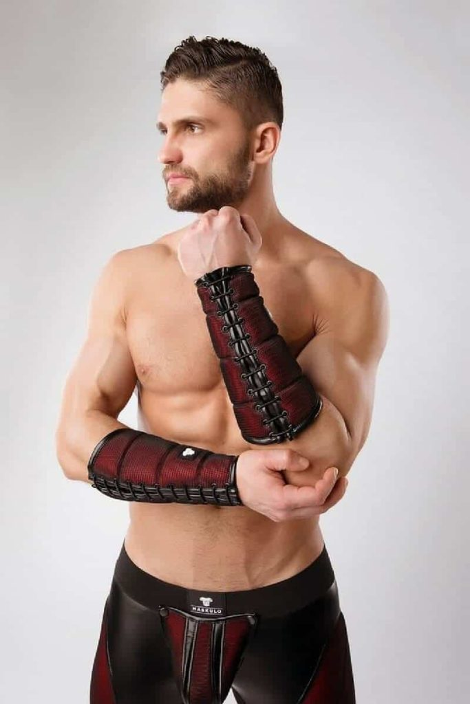 MASKULO Armored Forearm Wallet Mesh