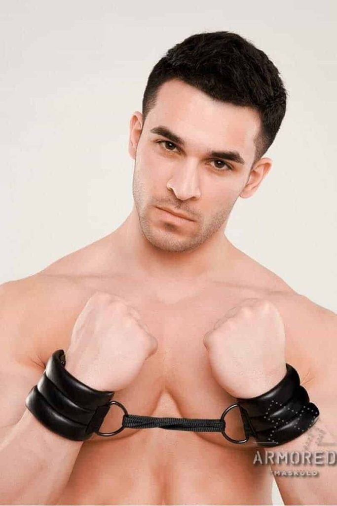 MASKULO Armored Fetish Wristband Cuff with D Rings
