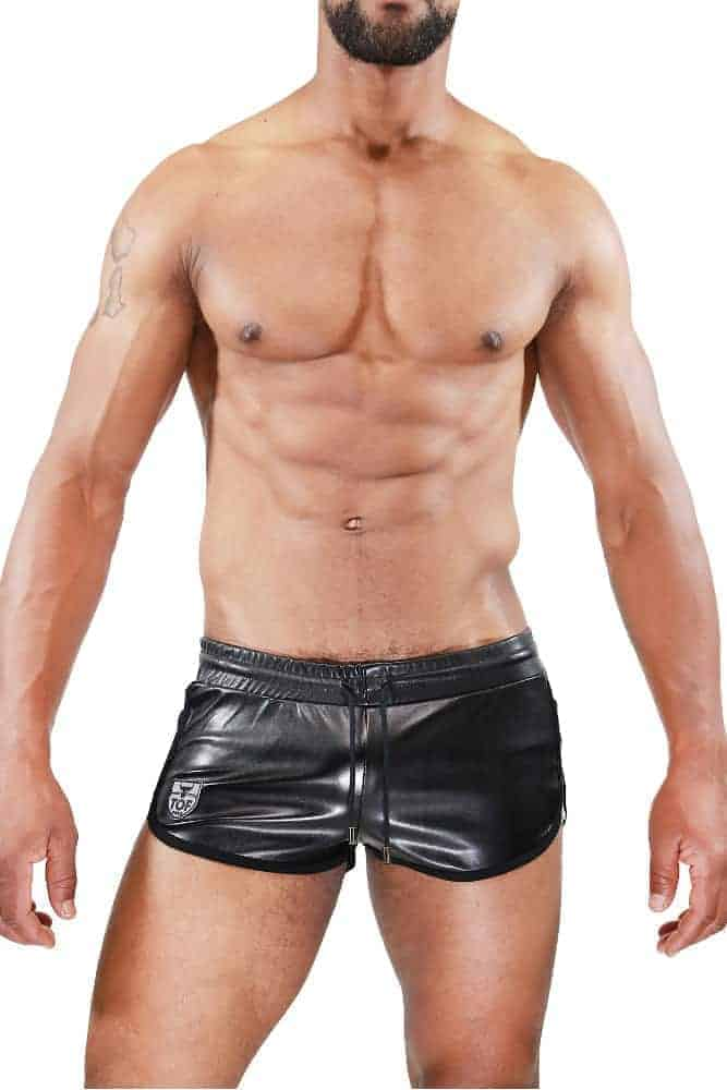 TOF PARIS Leather-Look Cruise Deluxe Short