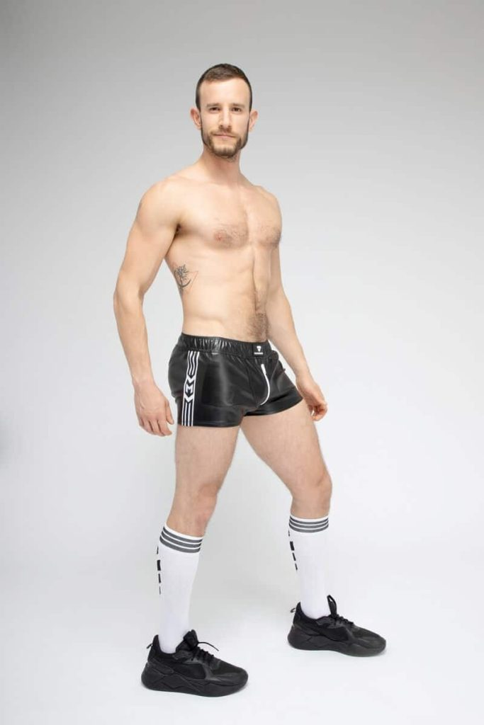 MASKULO SKULLA Leatherette Jogging Short with C-Ring + Full Zip